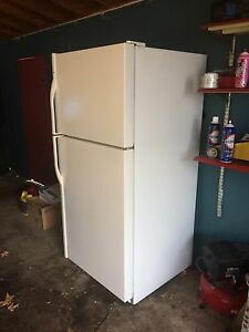 Kenmore fridge Great Deal