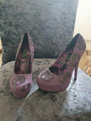 Iron fist heels size 5
