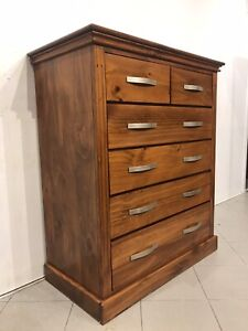 Excellent quality solid wood chest with 6 drawers good metal runners