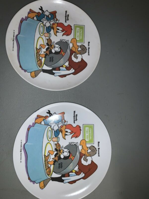 "2 1979 Vintage Woody Woodpecker /Buzz Buzzard/Chilly Willy 8"" Plastic Plate RARE"