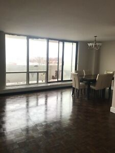 Sublease! Nice 1 bed apt in 200 Gateway Blvd,North York $1550