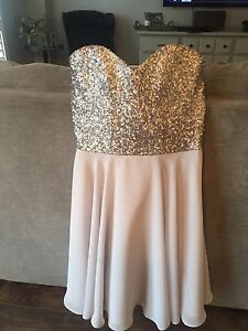 Bridesmaid/prom/event dress, worn once