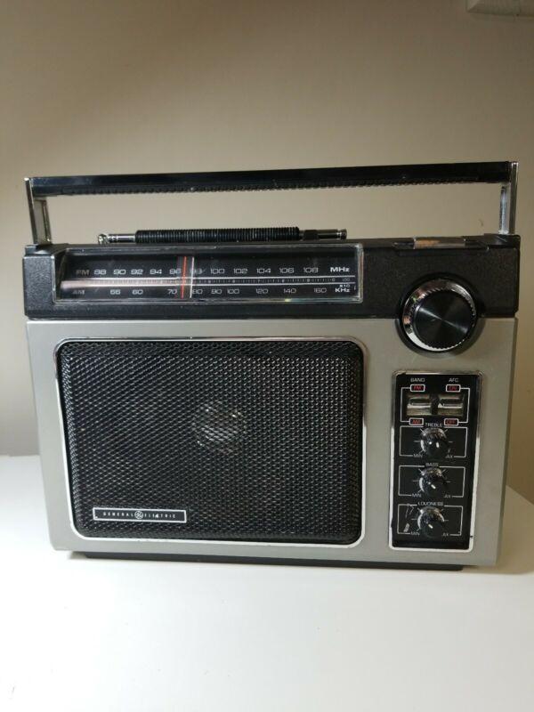 Vintage GE General Electric Original Superadio Radio 7-2880B w/2-Way Power