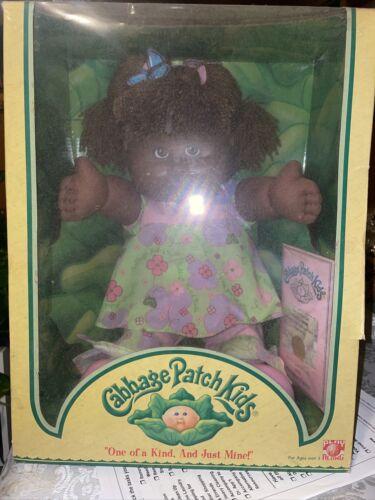 SANDRA BERENICE CABBAGE PATCH KIDS 2004 AFRICAN AMERICAN KIDS DOLL W/ Birth Cert - $53.00