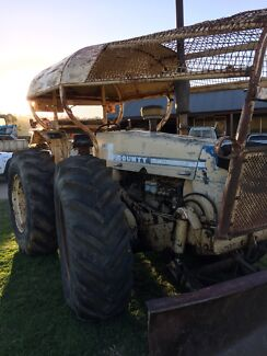 FORD COUNTY TRACTOR 1164