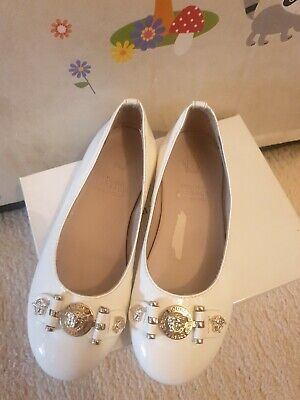 Young Versace Girls White Patent Leather Ballerina Shoes Made In Italy Size 9/27