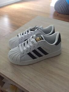 Adidas Shoes Flinders Shellharbour Area Preview
