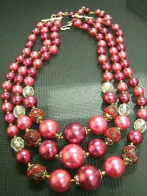 1950s Jewelry Styles and History Vintage Beaded necklace 1950's $12.99 AT vintagedancer.com
