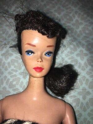Vintage #4 1959 Mattel Ponytail Brunette BARBIE Doll W/ clothing and access.