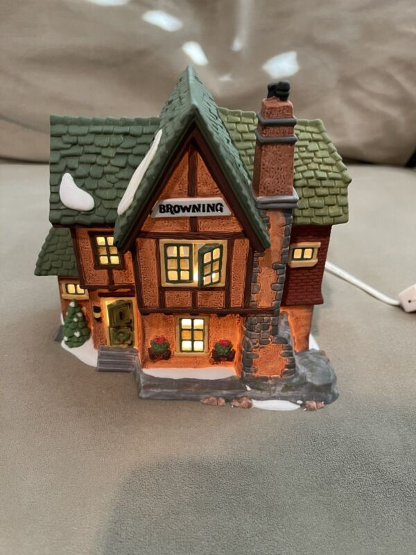 Heritage Village Collection Dickens Series BROWNING COTTAGE #5824-6 With Box