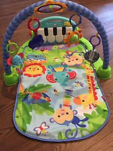 Fisher Price Play Mat - Kick and Play Piano