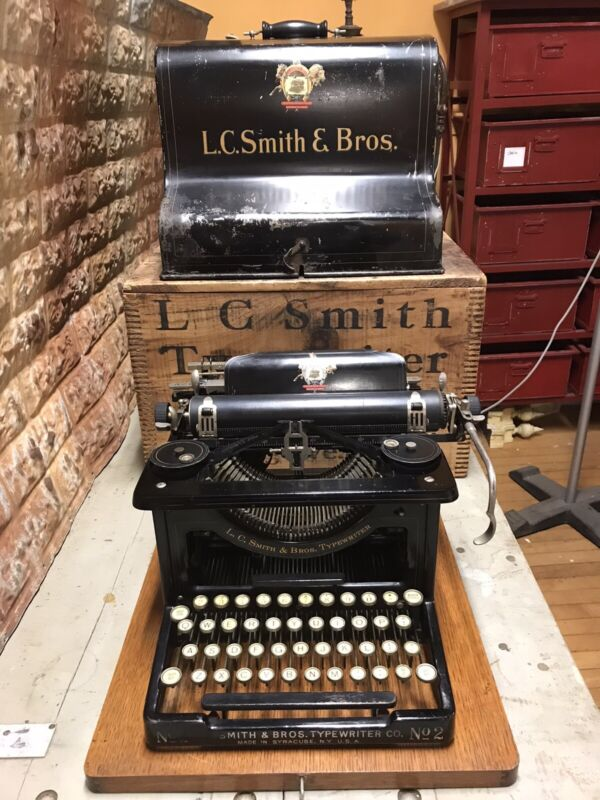 RARE ANTIQUE LC SMITH No. 2 DOCTOR TYPEWRITER w METAL CASE & WOOD CRATE SYRACUSE