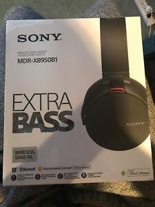 Song wireless headphones
