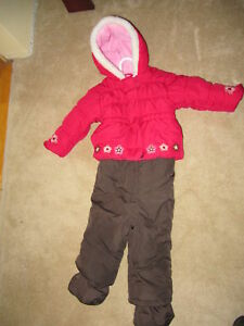 Infants Snow Suit 26lbs (18 months)