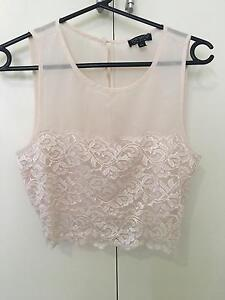 TOPSHOP pink mesh crop top size 8 New Farm Brisbane North East Preview