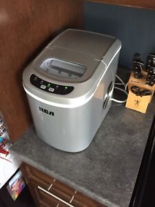 RCA countertop ice maker