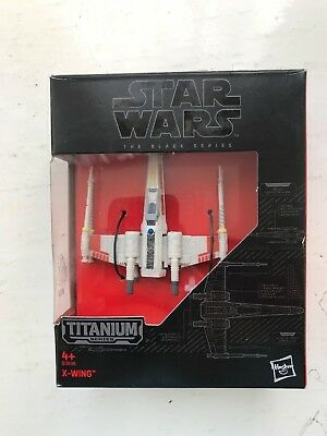 BOXED STAR WARS BLACK SERIES 07 VEHICLES HASBRO X-WING DIE CAST SHIP gebraucht kaufen  Versand nach Germany