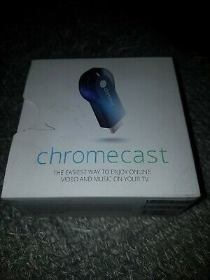 Google Chromecast 1st Gen HDMI Media Streamer H2G2-42. Complete + Boxed