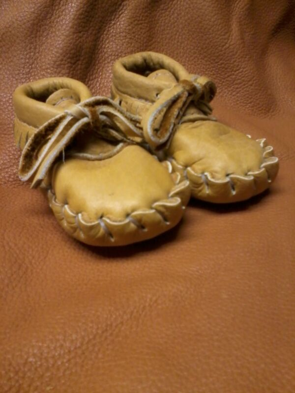 Buffalo Baby moccasins, 6-12 Months, Size 3 Indian Bison Leather Hand Made