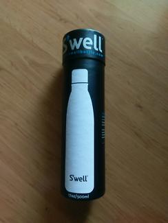 Swell 500ml water bottle