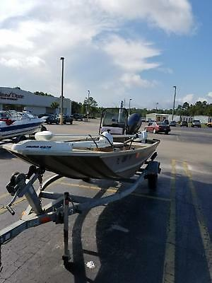 2011 G3 1652 Jon Speedboat w 50 HP Motor, Trolling, and Power Pole