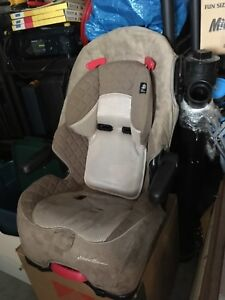 Booster seat/Perry sound