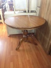 Round 1 m solid mango fruit wood timber pedestal table Centennial Park Eastern Suburbs Preview
