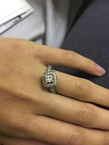 Engagement ring and wedding ring set Noble Park Greater Dandenong Preview