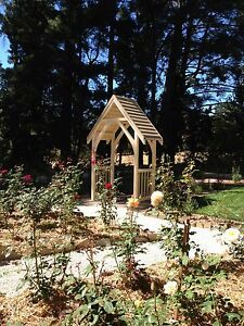 Garden Arches Aldgate Adelaide Hills Preview