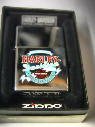 Chrome 2000 Harley Davidson Motorcycles Zippo Lighter