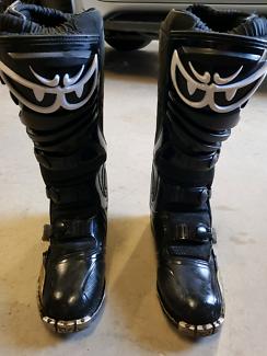 Berik OVS mx boots
