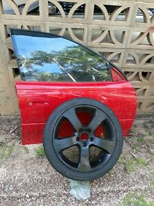 vz holden drivers side door and spare wheel r18