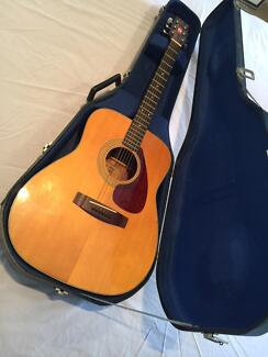 Yamaha Model FG-160 Acoustic Guitar