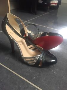 New. Louboutin inspired