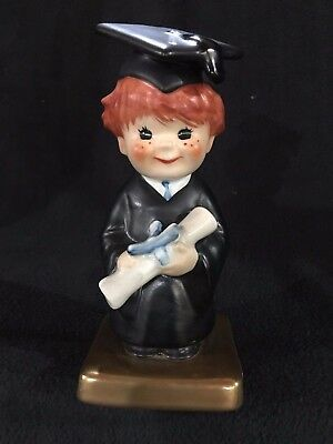 Goebel Redhead  Bachelor Degree    Byj 69  Dated 1970  Mint Condition