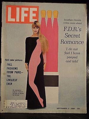 LIFE September 2,1966 Fall Fashions / Dublin / FDR Secret Romance / India
