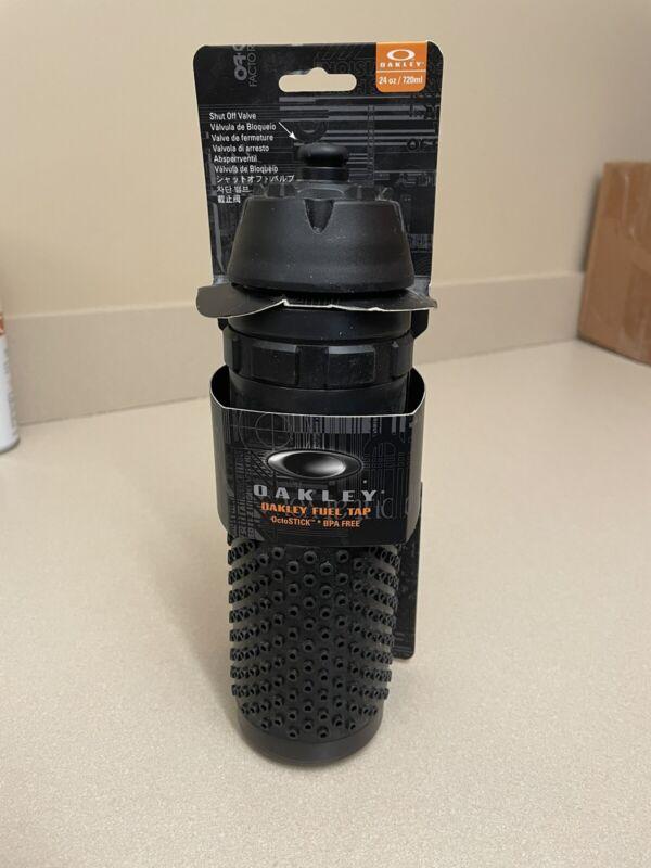 Oakley Fuel tap water bottle