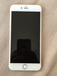 IPhone 6 Plus unlocked 10/10 GOLD