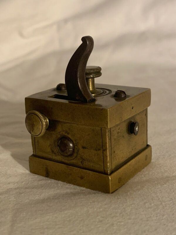 SCARIFICATOR 19th CENTURY 16 BLADE BLEEDER LANCET BLOOD LETTING RARE