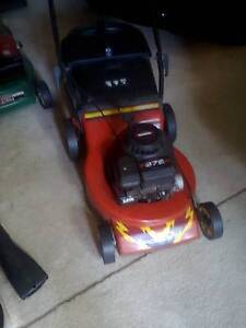 massport mower edger victor mower Caringbah Sutherland Area Preview