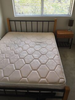 Queen bed Cremorne North Sydney Area Preview