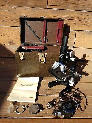 Ernst Leitz Wetzlar Microscope 471629 W Light Case Manual Etc