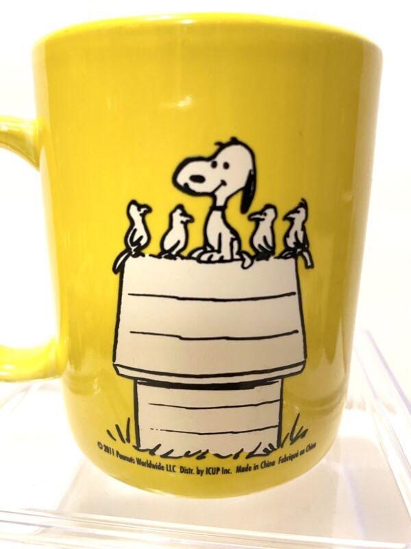 Snoopy Peanuts Gang Happiness Is Friends Ceramic Coffee Mug Cup 10 Oz.