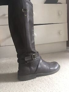 Tall Brown winter boots size 9