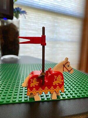 LEGO White Horse Minifigure w/ Yellow Lion Barding Set 6039 Castle Lion 2490px3