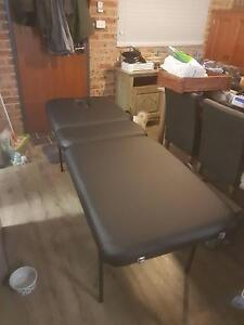 Massage Table - Portable Raymond Terrace Port Stephens Area Preview