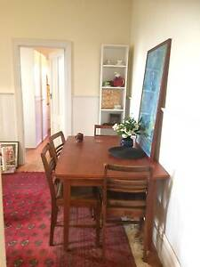 Looking for a housemate for a lovely little Kensington cottage Kensington Melbourne City Preview