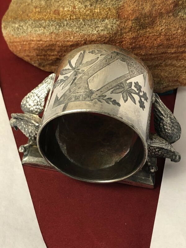Victorian Rogers Smith Meriden silverplate figural doves napkin ring 102419jB@
