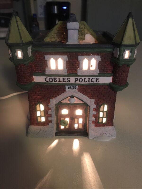 Department 56 Dickens Village VTG 1989 Cobles Police Station 5583-2 Retired MINT