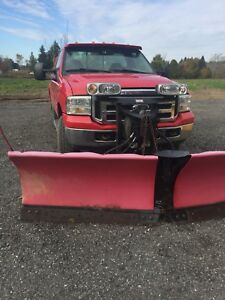 Snow plow truck 2005 Ford F-350